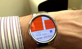 Android and the Apple wristwatch control